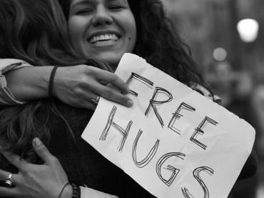 Weltknuddeltag/National Hug Day