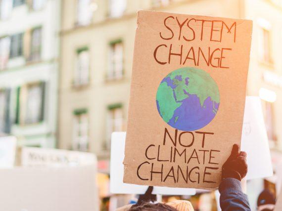 """""""Fridays for Future"""" – wie Jugendliche für den Klimaschutz streiken"""