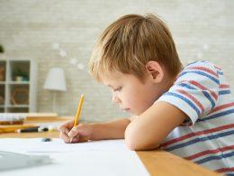 """""""Mein Kind schreibt unleserlich"""" – so verbessert Ihr Kind die Handschrift"""
