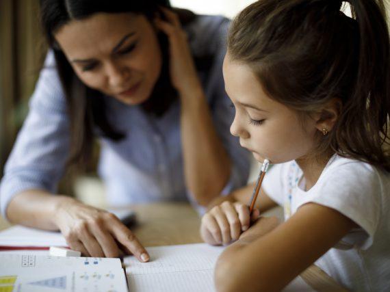 Unterricht zu Hause: 6 Tipps, wie Homeschooling in der Coronakrise klappt
