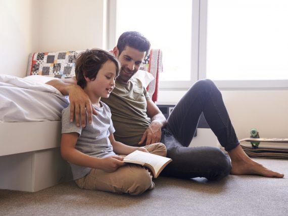 So entwickelt sich emotionale Intelligenz bei Ihrem Kind